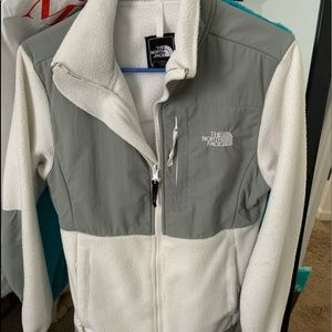 White North Face Adult XS